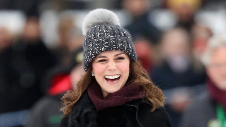 Кейт Миддлтон сыграла в хоккей на седьмом месяце беременности