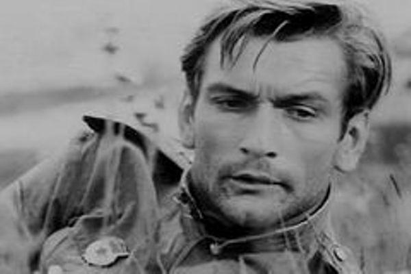 «Будем жить»: Как выглядит и чем занимается легендарный летчик который поет, Владимир Талашко из фильма «В бой идут одни старики»