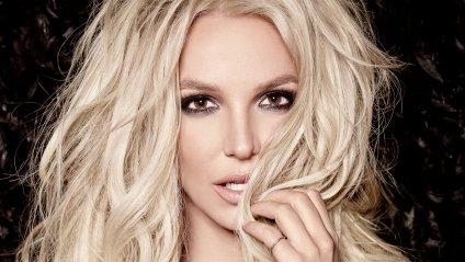 «В виде задрота»: Бритни Спирс удивила необычным образом