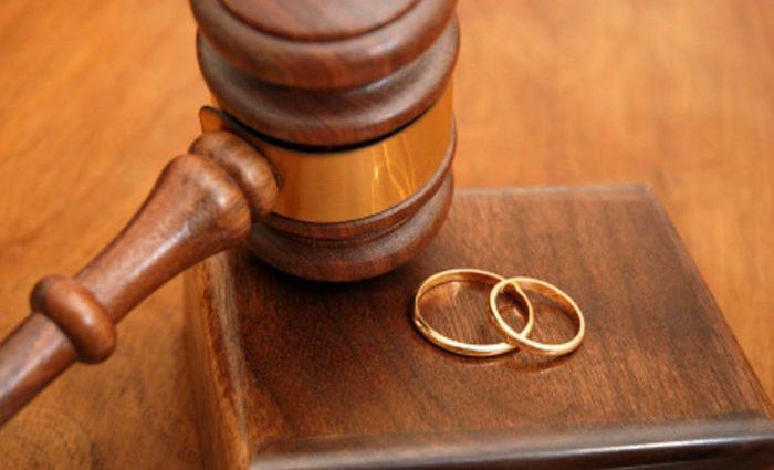 Развод года: Известный актер покинул свою жену после 22 лет брака