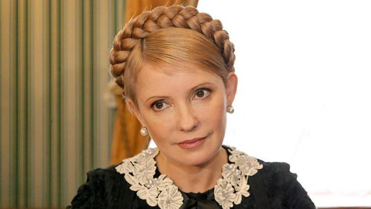 Такая стройная, что даже не верится! Как Юлия Тимошенко заставила украинок завидовать ее фигуре в платье с прозрачными вставками
