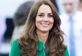В стиле гейши Кейт Миддлтон поразила поклонников своим платьем на королевском ужине