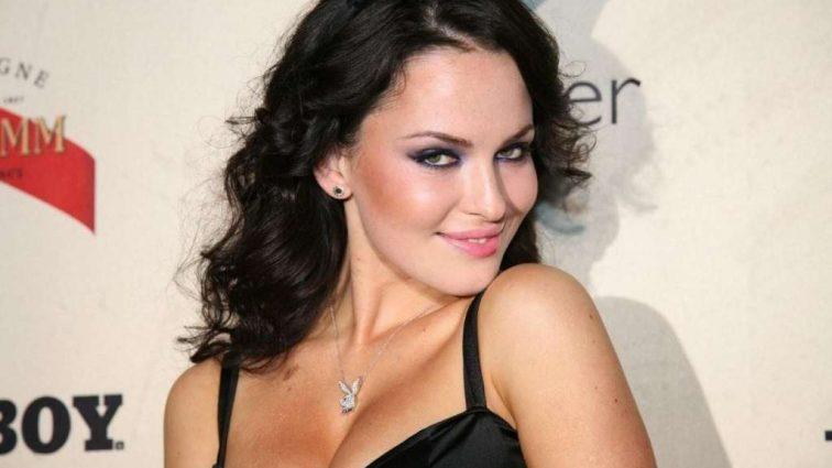 Даша Астафьева поделилась необычным фото: Только посмотрите как она выглядит без макияжа