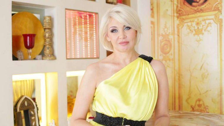 «Знойная зажигалочка «: Светлана Вольнова в откровенном платье станцевала ламбаду