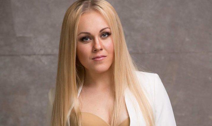 «Нафаня-стайл»: Аlyosha удивила фанатов своим фото без макияжа