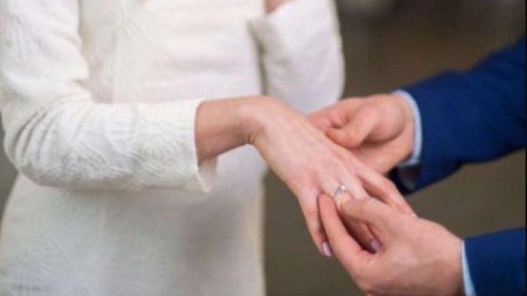 Все было как в сказке: Известный украинский дизайнер выходит замуж