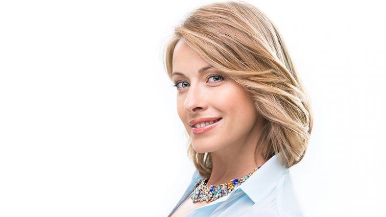 Такой красивой ее еще не видели: Елена Кравец поразила молодым и свежим лицом без макияжа