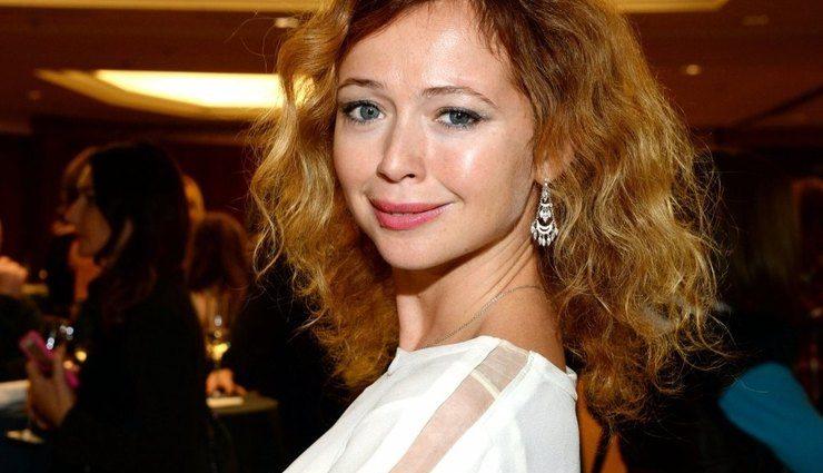 Актриса Елена Захарова откровенно рассказала, как жестоко с ней обошлась семья экс-супруга после смерти ребенка