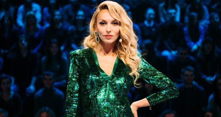 «Почти близнецы»: Полякова удивила поклонников новым фото