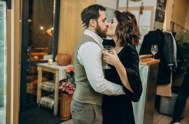 «Сергей был поводом для расставания с мужем…»: Что скрывает соблазнительная брюнетка, известная ресторатор Даша Малахова