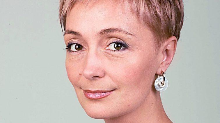 «Личная жизнь не сложилась, но дочь есть»: Как живет и чем занимается телеведущая Анна Безулик