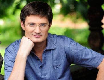 «Скандалы с Козловским, слухи о романе с Аидой и …» Какие тайны скрывает телеведущий Игорь Кондратюк