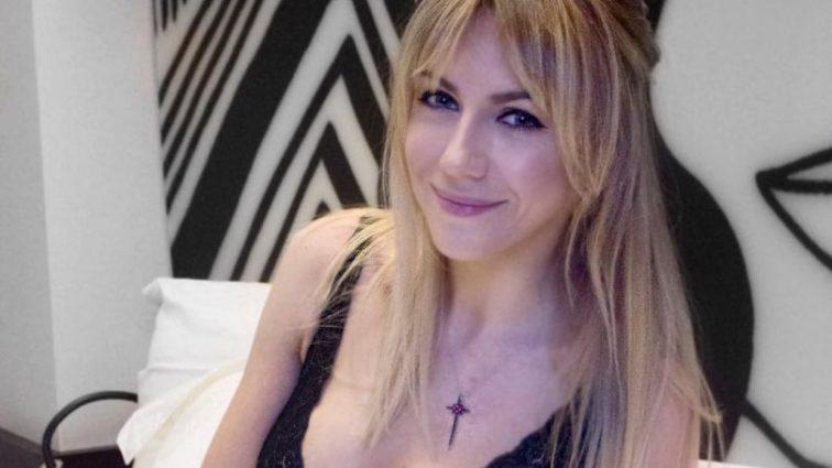 «Я и сугроб. Сугроб и я»: Леся Никитюк рассмешила поклонников новым фото