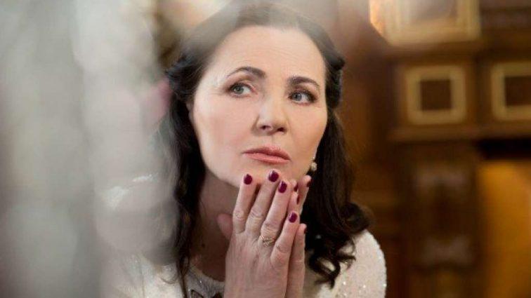 «Косит под Полякову» Нина Матвиенко удивила своим видом на сцене