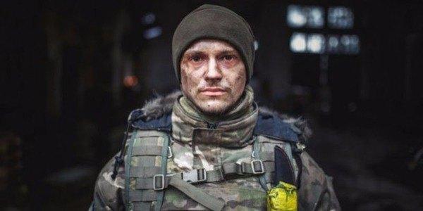 «Мажор» из Киборгов и завидный холостяк: Все о самом перспективном актере Украины Макаре Тихомирове