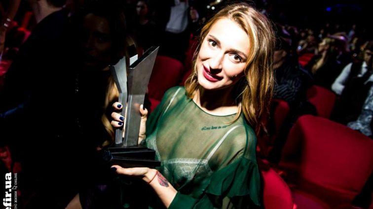 Певицу TAYANNA наградили почетной музыкальной премией