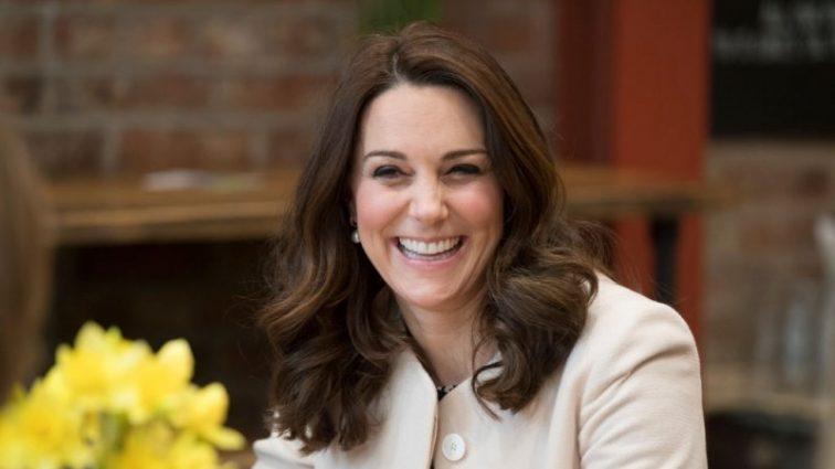 Кейт Миддлтон рожает — вся Великобритания ждет появления малыша