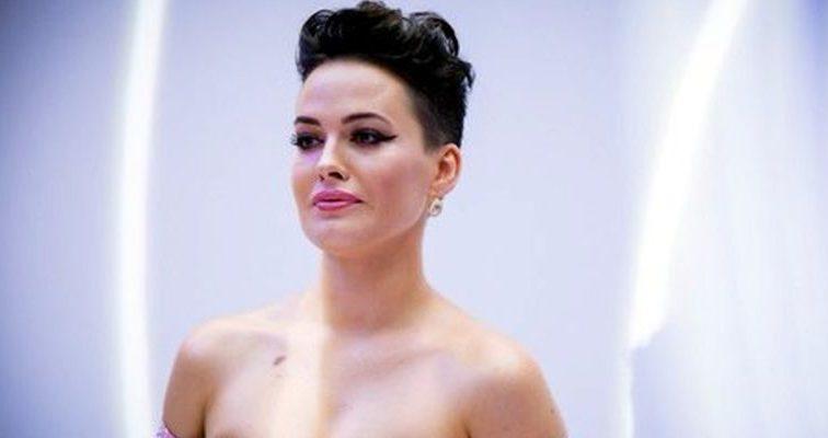 Даша Астафьева удивила фанатов своими новыми фото. Посмотрите что надела звезда на этот раз