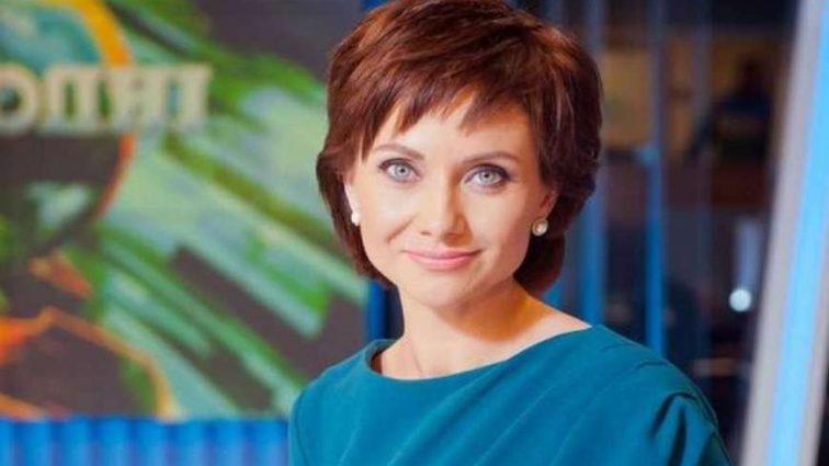 «Я надела платье, в котором шла под венец моя мама»: Известная телеведущая Анна Панова вышла замуж (Фото события)