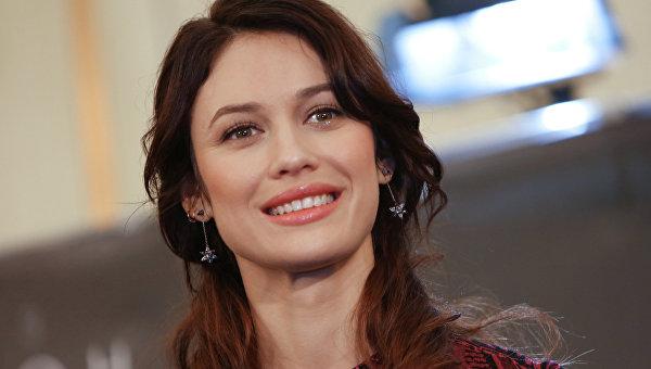 Голливудская звезда показала яркие фото из Украины. Посмотрите эту красоту!
