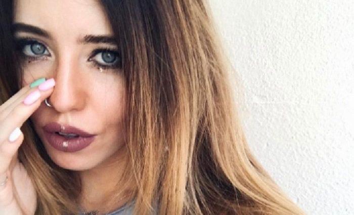 «Пора сбрить усы…»: Новый снимок Дорофеевой вызвал негодование у поклонников