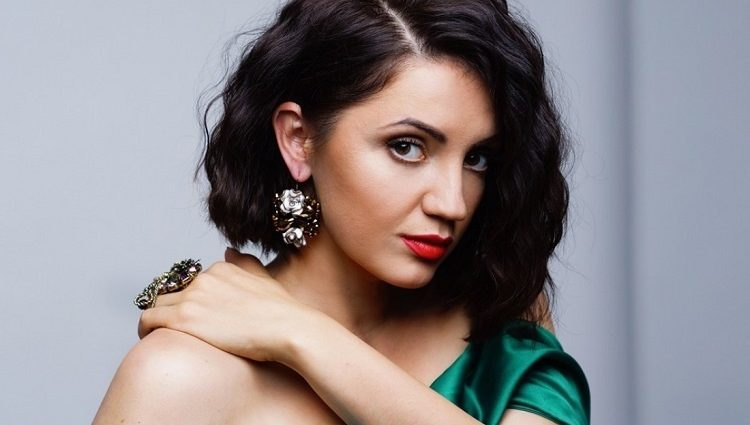 Популярная украинская певица Цибульская впервые показала своего мужа