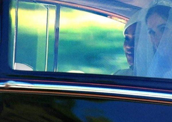В тиаре и с фатой: Первые фото невесты принца Гарри — Меган, в свадебном наряде