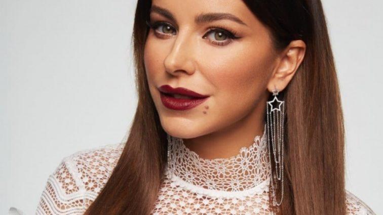 «Губы как две сардельки»: Ани Лорак подверглась жесткой критике своих фанатов