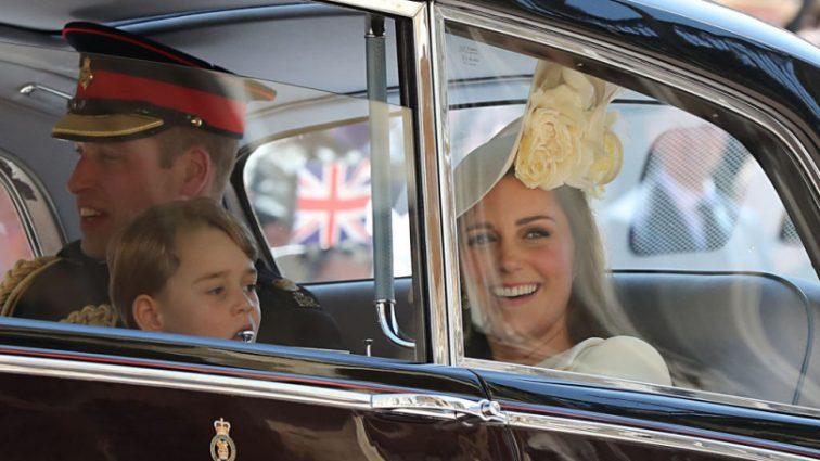 Дети принца Уильяма и Кейт Миддлтон поразили всех на королевской свадьбе