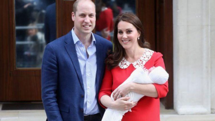 В Сети появились фото маленького принца Луи с сестричкой. Посмотрите на эту милость!