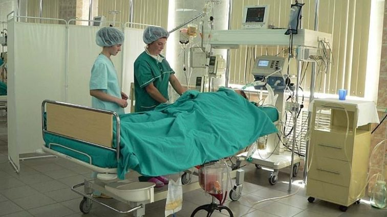 «Обнаружили опухоль»: Жену президента срочно госпитализировали