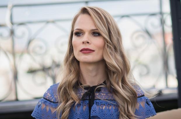 «Королева бензозаправки»: Оля Фреймут снова сменила профессию