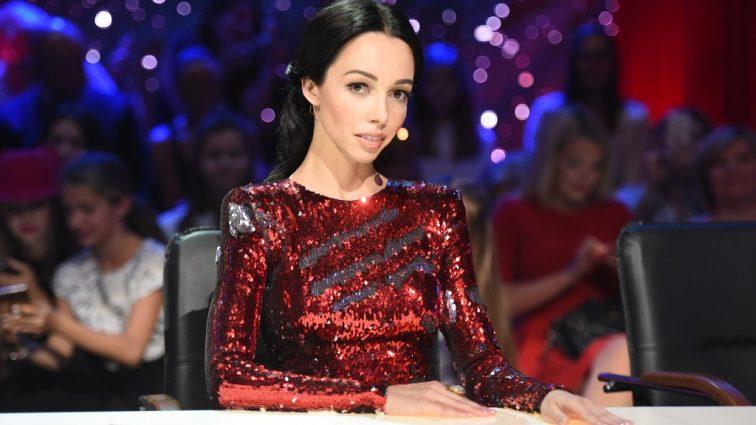 «Нас ждет долгий перелет»: Судья «Танцев со звездами» Екатерина Кухар сделала неожиданное признание