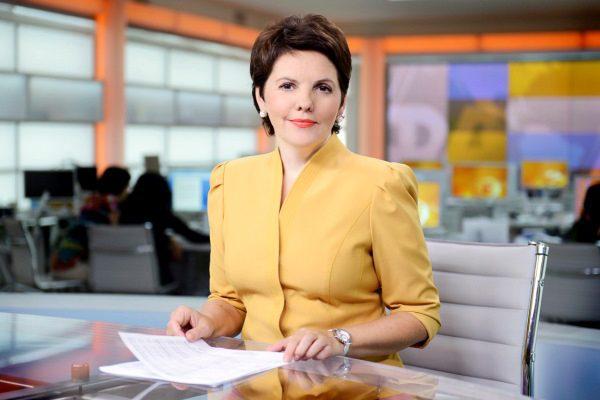 «Свою судьбу нашла на работе»: Только посмотрите как выглядит муж известной телеведущей, Елены Фроляк