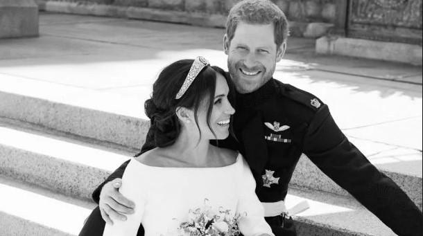 Принц Гарри и Меган возвращают свадебные подарки. Узнайте причину