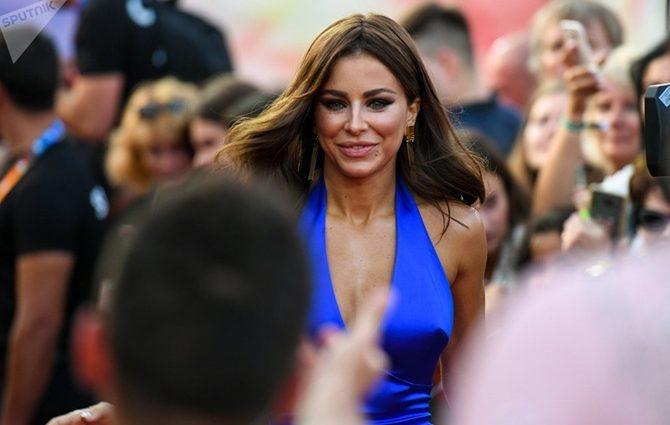 В Сети обсуждают пикантную переписку Ани Лорак с известным российским исполнителем