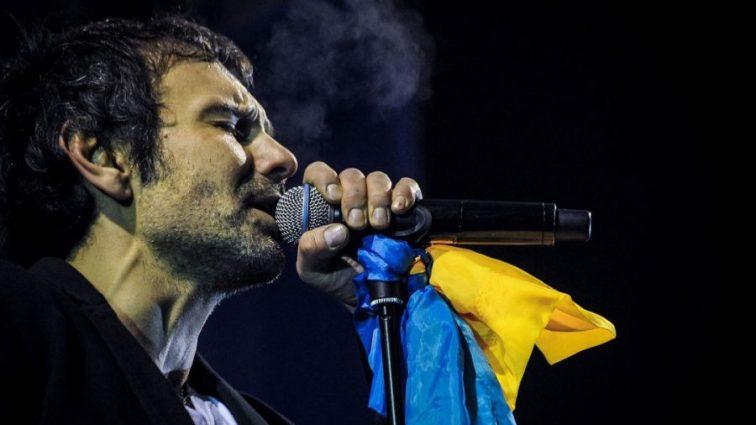 «Лето. Киев. Музыка. Друзья»: Святослав Вакарчук показал как проводит лето