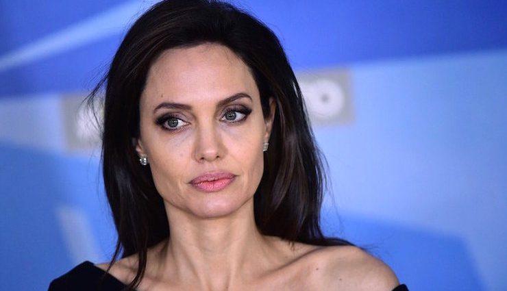 Анджелина Джоли планирует снова стать матерью