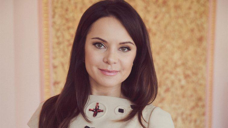 «Красота внешняя! Красота в душе!»: Лилия Подкопаева покоряет американцев своим украинским нарядом