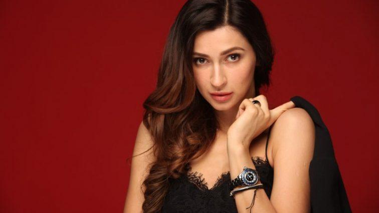«Фантастическая женщина»: знаменитая певица Tayanna поделились пикантными фото