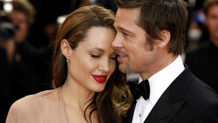 Анджелина Джоли останется женой Питта еще минимум на год