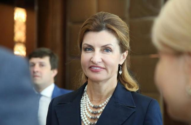 «Просто невероятная!»: Марина Порошенко вышла в свет и очаровала новым образом