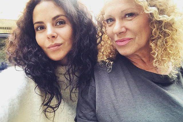 Мама Насти Каменских прокомментировала отношения дочери с Потапом