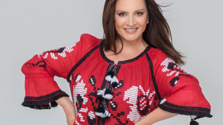 Чтобы не накалять ситуацию: София Ротару отказалась выступать на престижной музыкальной премии в России