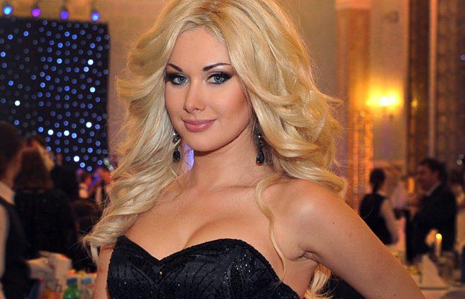 «Такой же нежный взгляд»: Екатерина Бужинская похвасталась своей мамой-красавицей