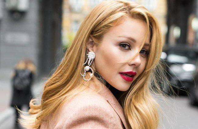 «Для меня это тяжелая ноша»: Тина Кароль о своих шансах стать «лучшей певицей» Украины