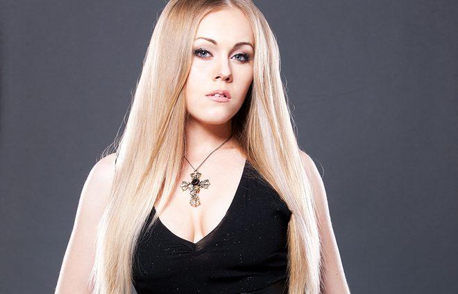«Какие изменения! Очень подходит»: певица Alyosha удивила резким перевоплощением в образе