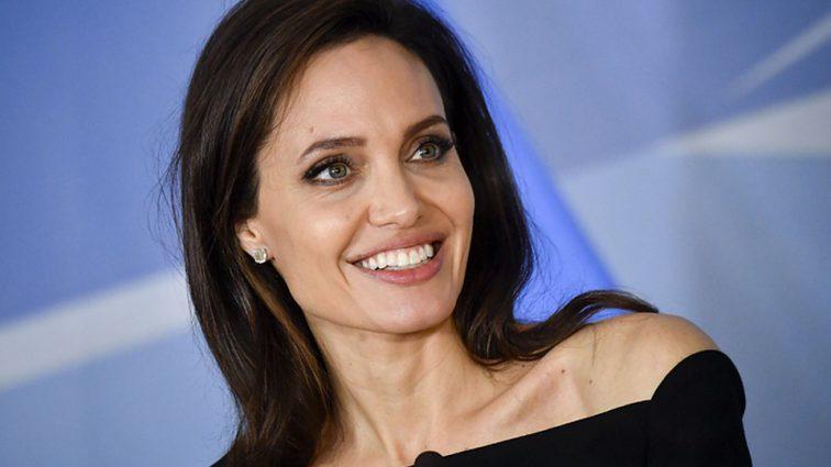 Анджелина Джоли вспоминает, как воспитывала детей и что они взяли от отца