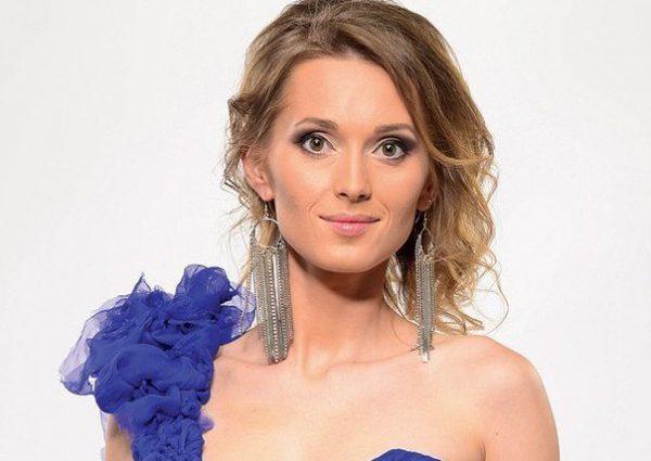 Аида Николайчук развелась с мужем и кардинально изменила имидж. Как сегодня выглядит певица