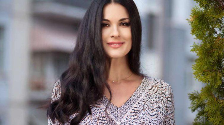 «Невероятно стильная!»: Маша Ефросинина показала редкое фото старшей дочери Наны